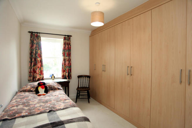 Bed 2 -wardrobes
