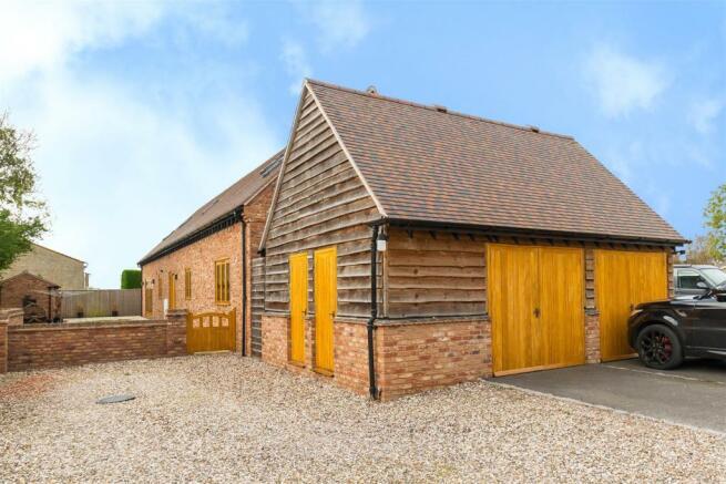 Meadow Barn24.jpg