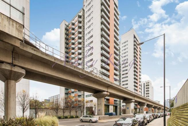 1 Bedroom Apartment For Sale Neutron Tower Blackwall Way