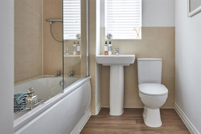 Typical Taylor Wimpey Bungalow bathroom
