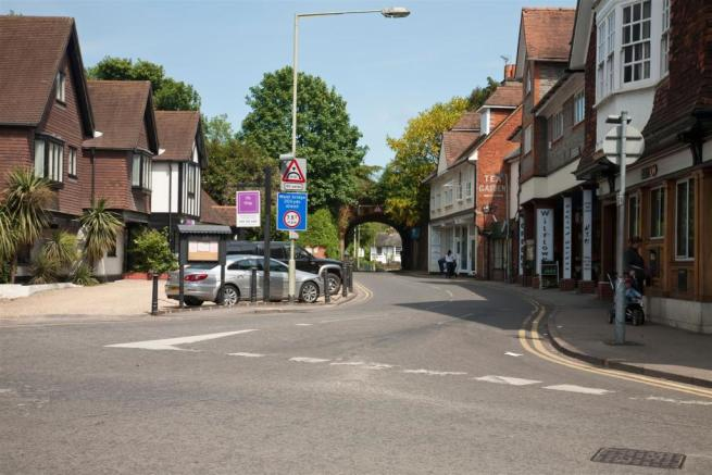 Whitchurch Road.jpg