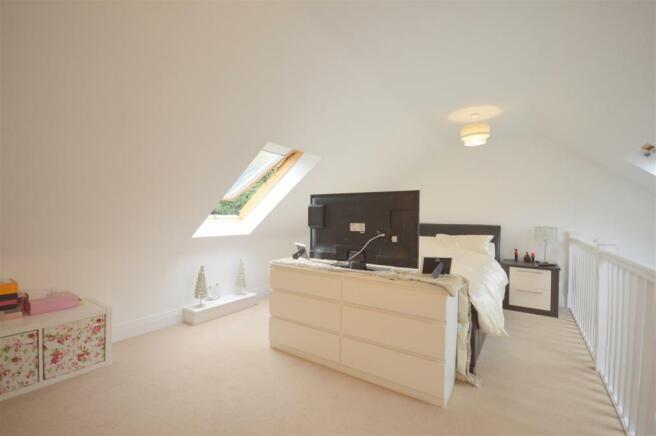 Master Bedroom/Reception Room