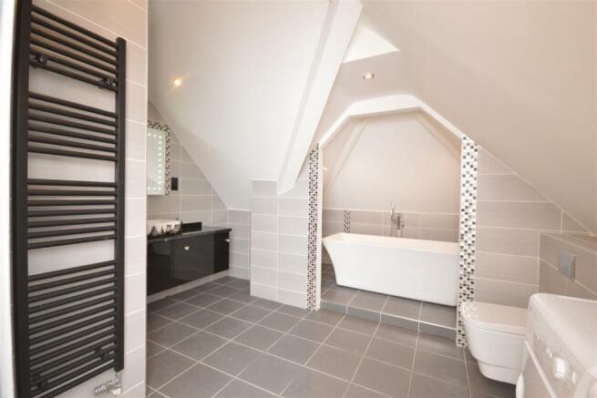 Family Bath/Shower Room