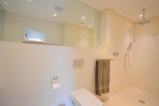 Master Bedroom Ensuite Shower Room