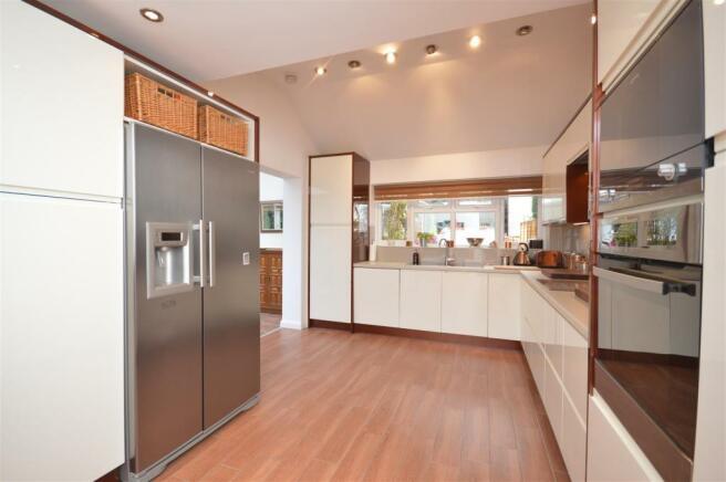 Kitchen/Breakfast Family Room