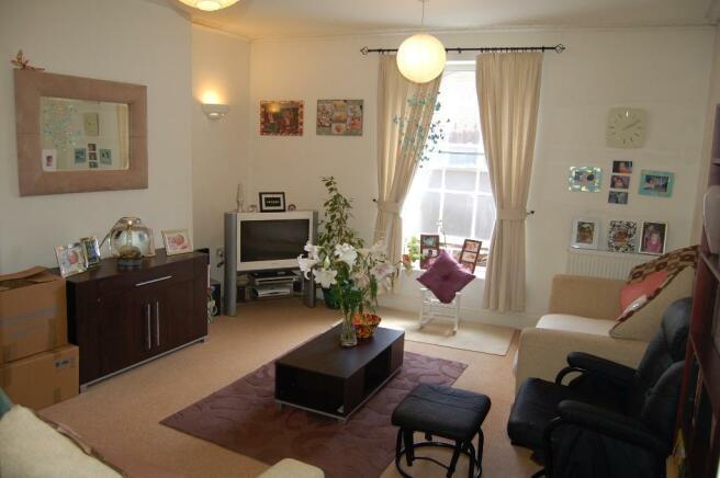 Lounge 'Furnished'
