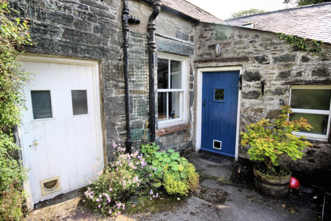 The Old Smithy, Balmaclellan - Williamson and Henr