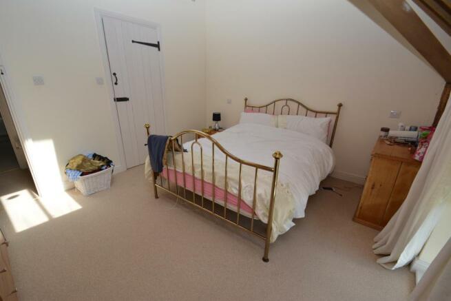 Master Bedroom (Ensuite)