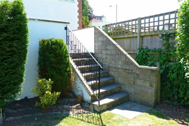 Steps down to lawn