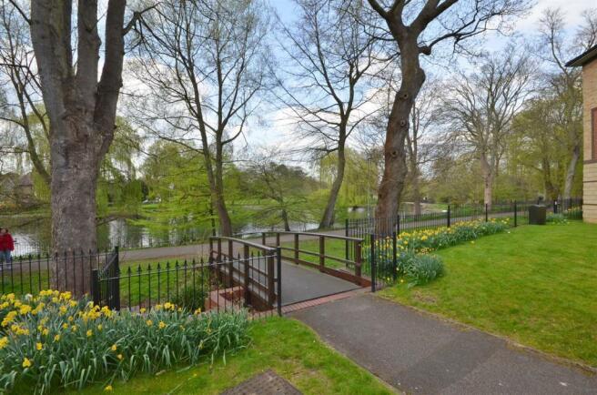Wardown Park