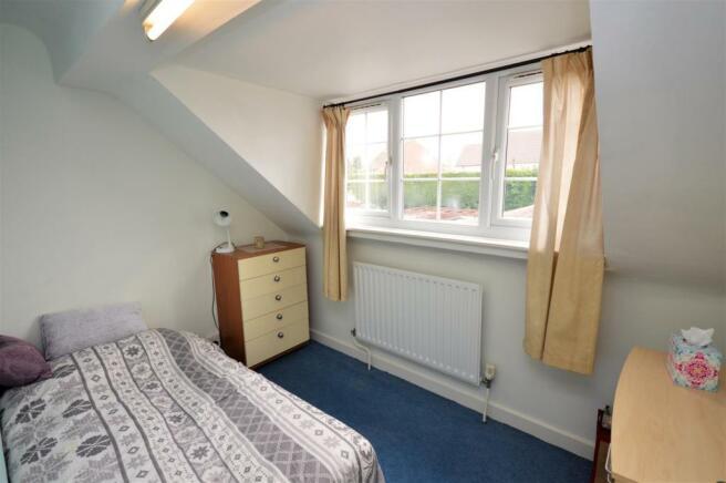 Bedroom3 (Rear)