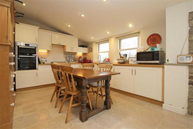 OPEN PLAN DINING KITCHEN AND GARDEN ROOM