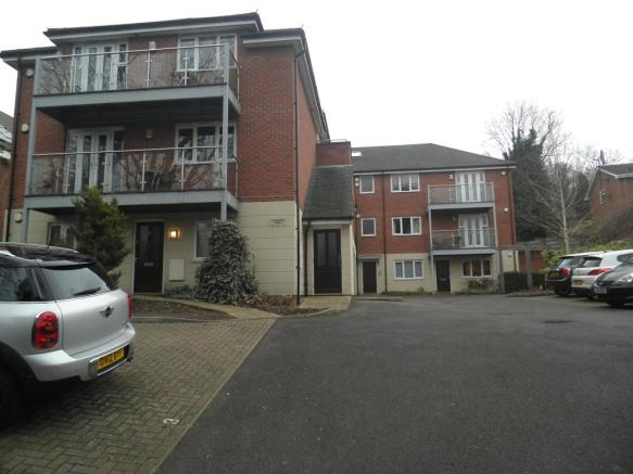 2 Bedroom Flat To Rent In 7 Kingsmead View High Wycombe