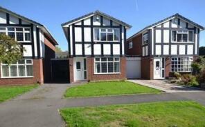 Photo of Woodcote Road, Tettenhall, Wolverhampton, West Midlands, WV6