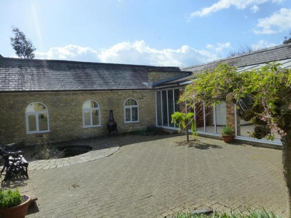 Bulwick, The Courtyard - front 2.JPG