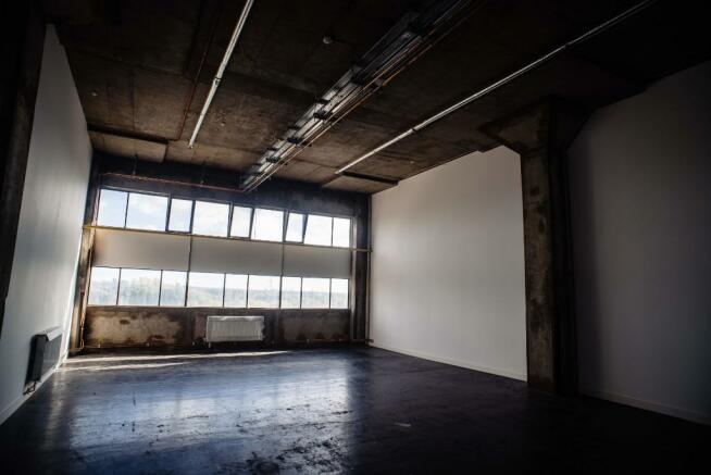 Unfurnished Studio