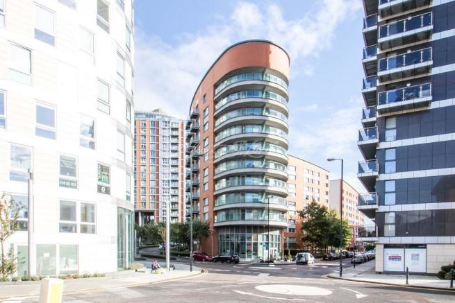 1 Bedroom Flat Share To Rent 99 Blackwall Way