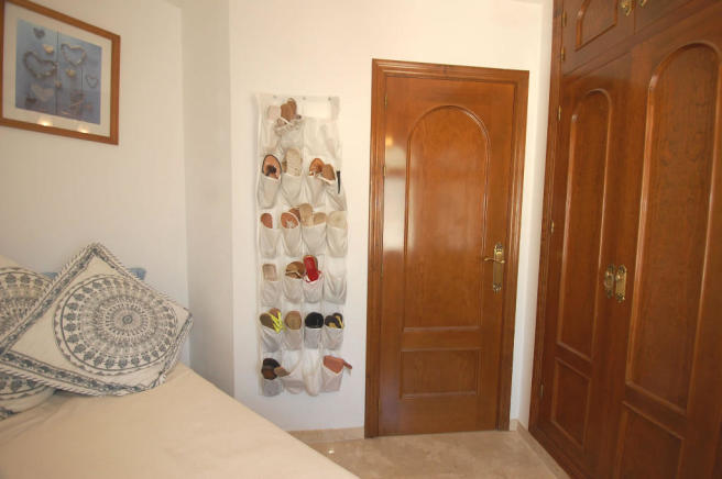Suite dressing room