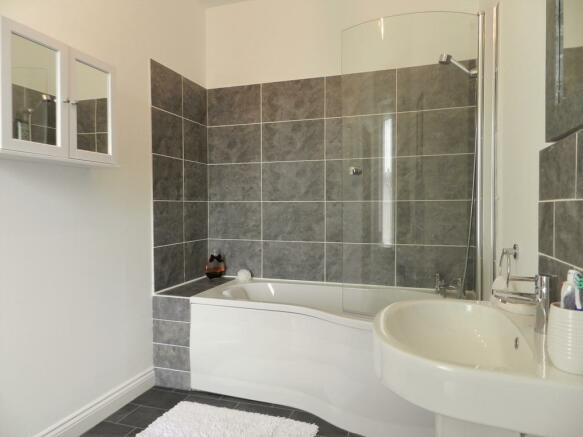 2nd Bed En Suite (Property Image)
