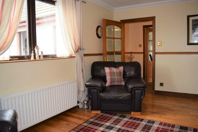 2nd Lounge 1 (Property Image)