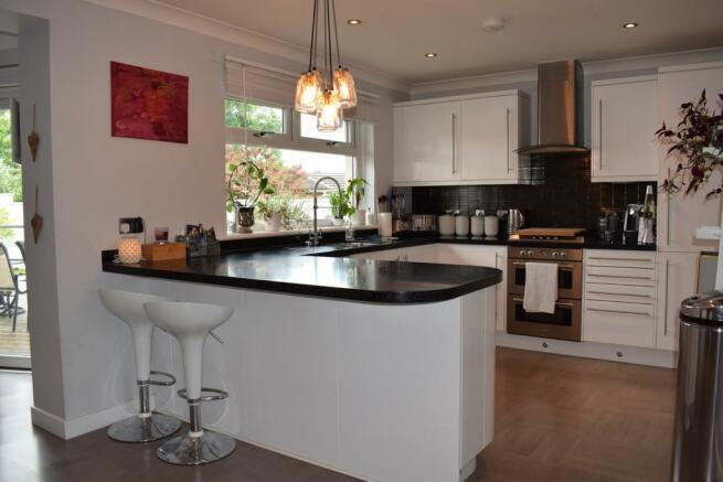 Kitchen (Property Image)