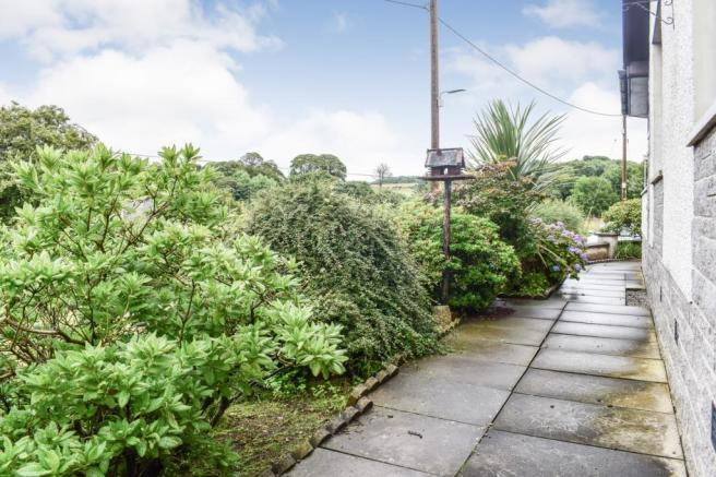 Garden 1 (2) (Property Image)