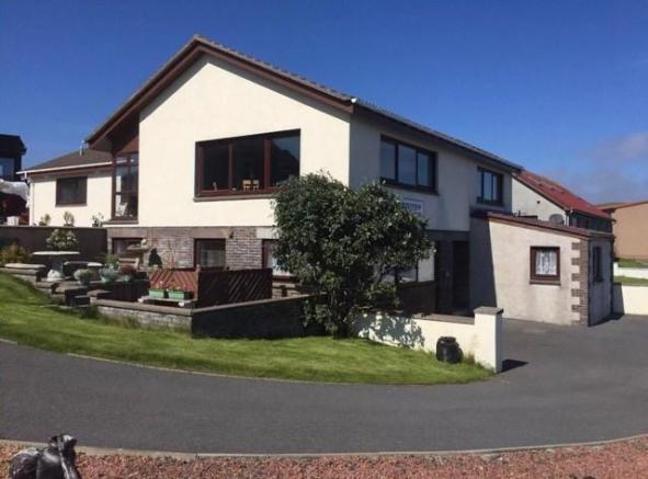 9 bedroom detached house for sale in Breiview Guest House