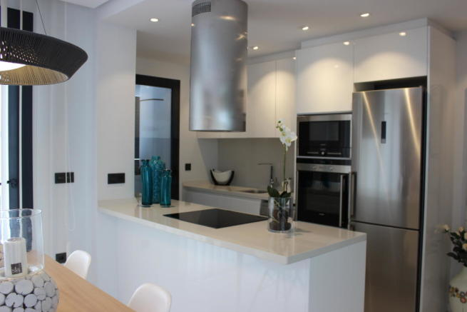 3 bedroom Apartment in Mil Palmeras, Alicante