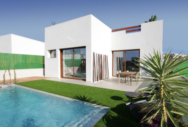Detached villa in Benijofar, Alicante
