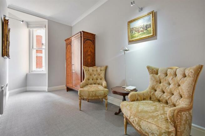 FB - Temple House - Scnd Bedroom3 (1).JPG