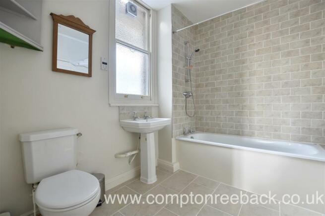 Elgin Mansions - Bathroom1.jpg