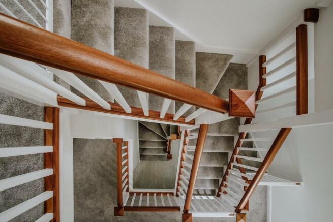 Staircase 7.jpg
