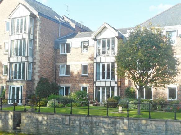 2 bedroom apartment for sale in Riverside House, Williamson Close ...