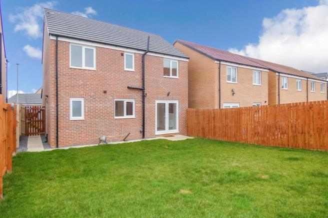 4 bedroom detached house for sale in Shadow Creek Drive ...
