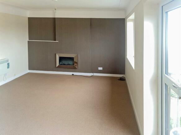 Livingroom_copy_dp_1