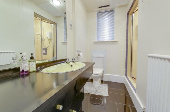 Downstairs Shower Room _1.JPG
