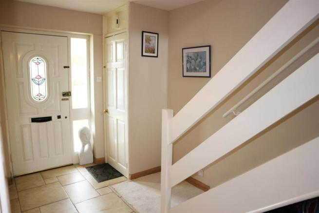 Foxwarren25.Hallway.jpg