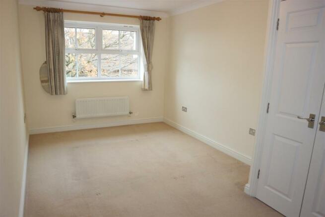 ArbrookHall17.Bedroom2.jpg