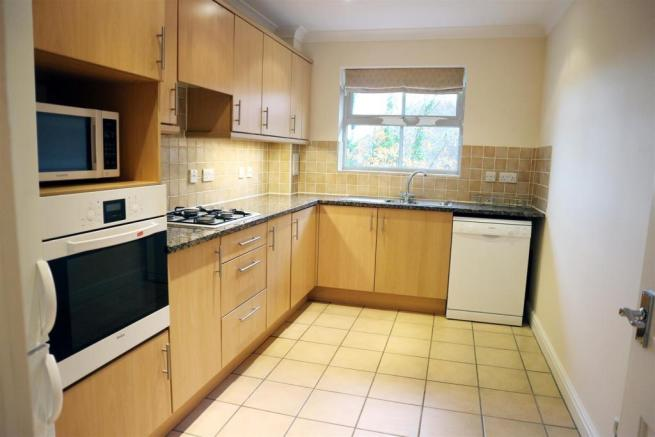 ArbrookHall17.Kitchen.jpg