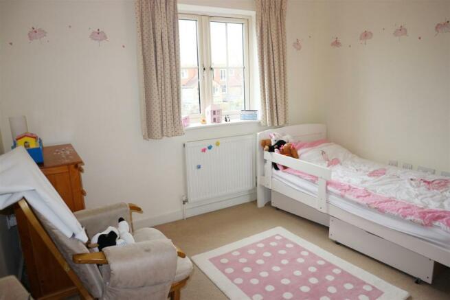 AshtonPlace4.Bedroom2.jpg