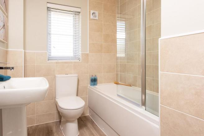 The Glassworks Windermere internal bathroom
