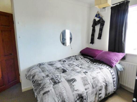bedroom_RAV0048188_2.jpg