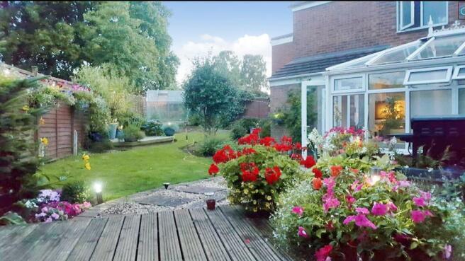 garden_RAV0048188_4.jpg