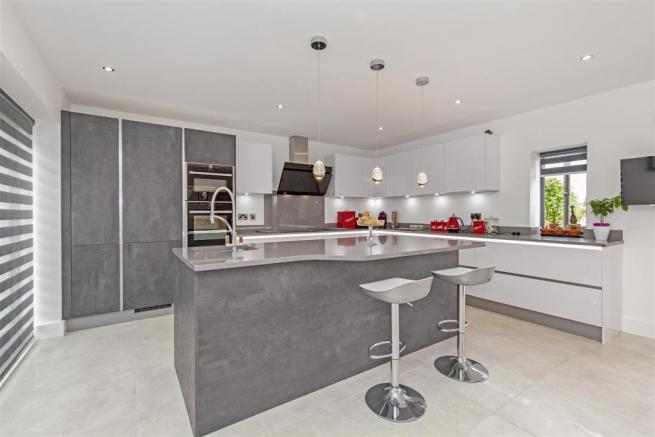 Kitchen_Dining Room-6.jpg