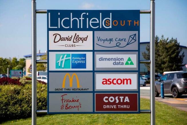 Lichfield South, Lichfield - Signage