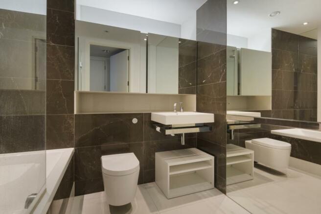 Bathroom Baltim. ...
