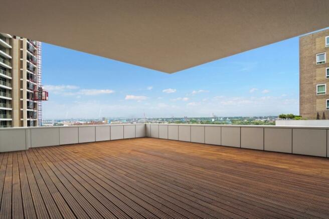 Terrace- 930balti...