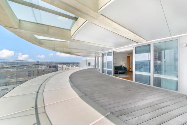 2 Bedroom Apartment For Sale In Arena Tower Crossharbour