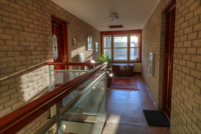 Mutual Stairwell & Landing