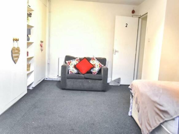 Bedroom_ Living room